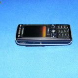 Sony ericsson K800i de vanzare/schimb cu blackberry 8520 (+banii) - Telefon mobil Sony Ericsson, Negru