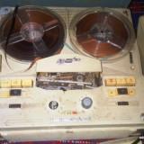 Magnetofon Tesla B4 / F103