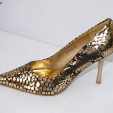 Pantofi de gala pentru femei, aurii, - (CHIARA 8815-8 gold) REDUCERE EXCEPTIONALA DE PRET - Pantof dama, Marime: 36, Culoare: Auriu, Auriu