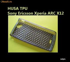HUSA Sony Ericsson Xperia ARC X12 - HUSA SMOKE TPU - CEA MAI TARE HUSA Sony Ericsson Xperia ARC X12 - CRYSTAL ED