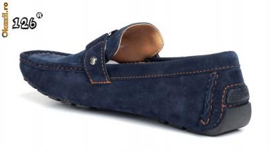 mocasini , scarpi de piele intoarsa Louis Vuitton L.V foto