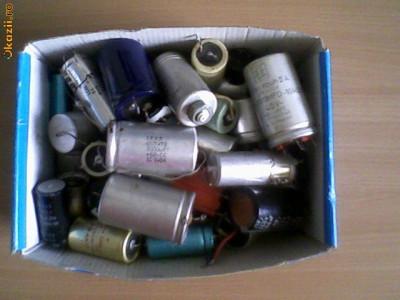 Condesatori Electrolitici la cutie(64 bucati) foto