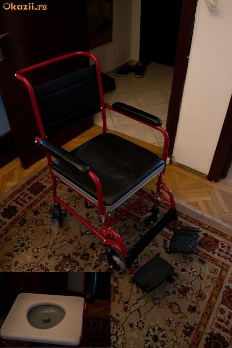 scaun cu rotile cu plosca (vas WC) foto mare