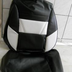 Huse auto imitatie de piele de culoare alb cu negru