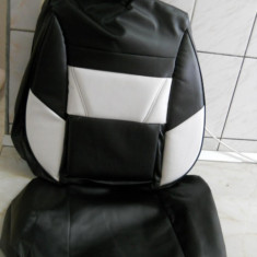 Huse auto imitatie de piele de culoare alb cu negru - Husa Auto