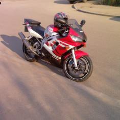Motocicleta Yamaha - Vand Yamaha R6