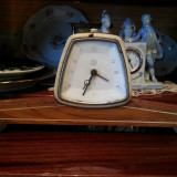 Ceas desteptator - stil Art Deco