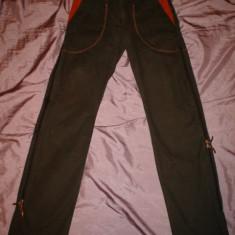 Pantaloni dama Roberto Cavalli, Just Cavalli, 100% originali, Marime: 42, Lungi, Maro