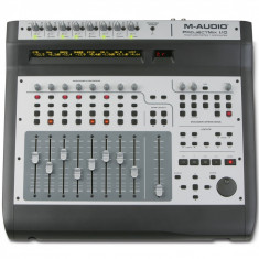 Mixer audio Altele - M-Audio ProjectMix I/O - Control surface with motorized faders (8x2 layers), 8 Octane preamp, 18x14 audio interfac