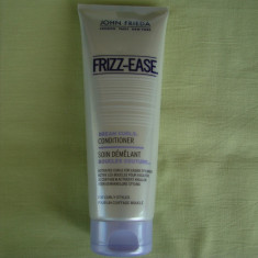 Balsam JOHN FRIEDA Frizz-Ease - 250 ml