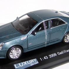 Luxury DieCast Cadillac CTS-V supercharged 1:43 - Macheta auto Hot Wheels