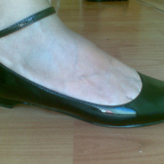 Sandale din piele firma Bata marimea 38, arata impecabil! - Sandale dama Bata, Culoare: Negru, Maro