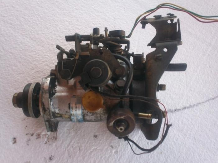 Pompa de injectie pentru Ford Mondeo Mk2 1.8 turbo diesel anii 1993-2000 in stare foarte buna. foto mare
