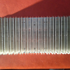 Radiator tranzistori finali