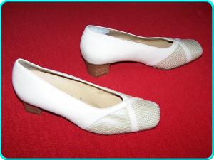 - FOARTE COMOZI - Pantofi noi, piele moale, marca HASSIA _ nr. 37,5 | UK 4 _ foto