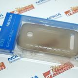 Husa silicon Nokia CC-1033, pentru Nokia 603, model hexagon gravat, Negru ORIGINAL SIGILAT BLISTER - Husa Telefon