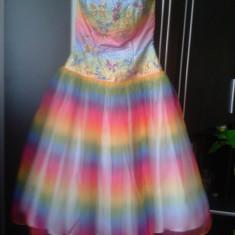 Vand rochie de printesa - Costum petrecere copii