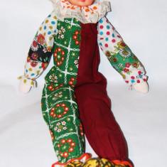 Papusa de colectie - Papusa vintage bufon (clown, clovn), 67 cm viu colorata, anii 70 - 80, epoca de aur, perioada comunista, pentru colectionari, nostalgici
