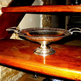 Metal/Fonta, Vase - Fructiera argintie cu manere si picior - model deosebit