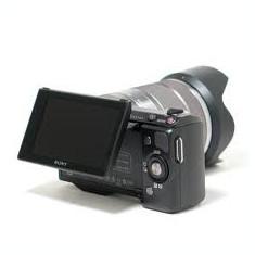Sony Nex 5N cu obiectiv Sony 18-55 mm F3.5-5.6 sau SIGMA 30 mm F2.8 - Aparat Foto Mirrorless Sony, Kit (cu obiectiv), 16 Mpx
