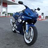 Motocicleta Yamaha - Yamaha FZR 600