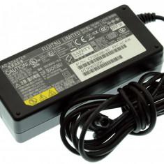 Alimentator Incarcator Laptop Fujitsu Siemens Fujitsu Lifebook E-5520, CP268386-01, 16V 3.75A, Incarcator standard