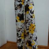 Pantaloni dama, Lungi, Bumbac - PANTALONI INFLORATI DAMA, BUMBAC 100%, NOI, CU ETICHETA, MAR. UNIVERSALA