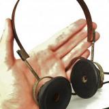 CĂȘTI MILITARE DE LA STAȚIE RADIO, VECHI DIN WWII, REZ: 2000 OHM, FIER ȘI ALAMĂ!