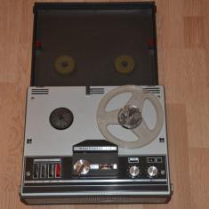 Magnetofon Telefunken 203