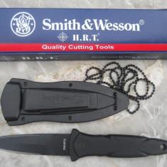 Briceag/Cutit vanatoare Smith&wesson, Cutit tactic - CUTIT TACTIC/survival SMITH&WESSON cu teaca(fluier incorporat). Teaca Inclusa. Produs SIGILAT