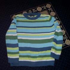 Haine Copii 7 - 9 ani - Bluza firma LC Waikiki marimea 116 cm pentru 6 ani, stare buna. Pret25ron.masoara 45 cm lungime, 32 cm latime intre umeri si 43 cm lungime maneca