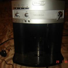 Espressoare Delonghi, Cafea boabe - Vind expresor delonghi magnifica