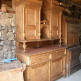 BUFET VECHI DIN CIRES - Mobilier