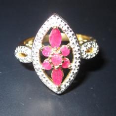 Inel din argint solid 925 cu rubin si topaz alb, placat cu aur Masura 8 Z0011 - Inel argint