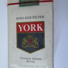 Pachet tigari - PACHET NOU TIGARI COLECTIE YORK DIN ANII 80