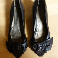 Pantofi din piele naturala La Vivo; marime 38 (24.7 cm talpic interior) - Pantof dama, Culoare: Din imagine