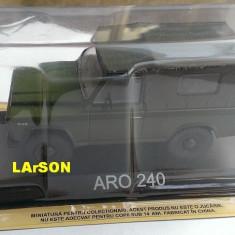 Macheta auto, 1:43 - Macheta metal DeAgostini ARO 240 noua, sigilata+revista Masini de Legenda nr.2