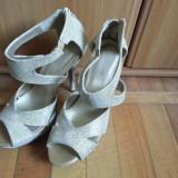 Sandale dama, Marime: 39, Piele sintetica, Auriu - Vand sandale de dama