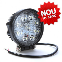 Proiector Off Road cu LED CREE 27W 1700 lumeni, rotund, unghi spot 30 grade, Universal