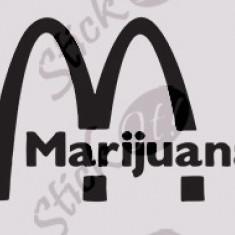 Marijuana_Sticker Auto_Tuning_CSTA-503-Dimensiune: 15 cm. X 10.5 cm. - Orice culoare, Orice dimensiune - Stickere tuning
