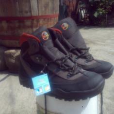 Bocanci de munte - Incaltaminte outdoor, Ghete, Marime: 46, Barbati