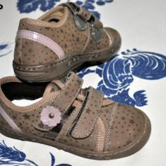Pantofi copii, Fete - Noi! Pantofi toamna maron cu roz, marca Melania, fetite marimea 24