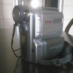 Camera foto/video Sony DVX-900 cu toate accesoriile si borseta originala - Incarcator Camera Video