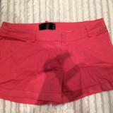 Pantaloni scurti BSB cu buzunare superbi pt vara aproape NOI