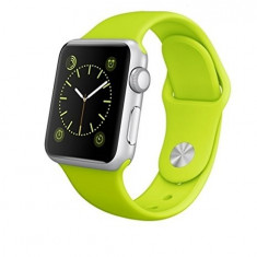 Apple Watch Sport 38mm | Carcasa aluminiu | Curea silicon verde - Smartwatch