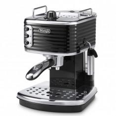 Espressor DeLonghi ECZ351BK Scultura - Reducere 501 RON (39%) - Garantie 2 Ani - Espressor Manual Delonghi, Cafea macinata, 15 bar, 1 l, 1100 W