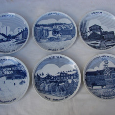 Set de 6 farfurii decorative din portelan suedez Riges, reprezentand localitatea suedeza BOXHOLM, Seturi