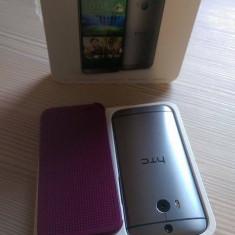 Vand HTCM8 cu husa Dote-view - Telefon mobil HTC One M8, Argintiu, Neblocat