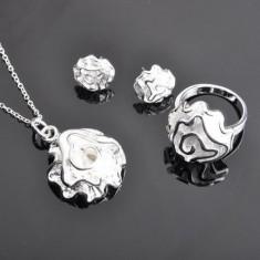 Set bijuterii argint 925: cercei(1.3 cm diametru), colier (52 cm), inel marime 8