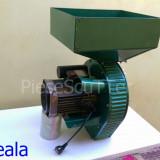 Moara electrica pentru uruiala / porumb / cereale ( 2.5Kw / 2830 rotatii/min / 400kg/ora )